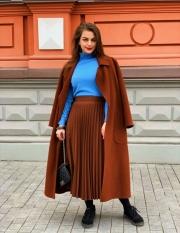Пальто кашемир на запах Max Mara, цена 7500 грн, Юбка Societa цена 1 700 грн.