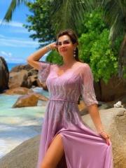 Платье с разрезом - 4700 грн